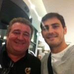 Con Iker Casillas.