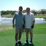 En el Campo de Golf Dunas de Doñana con Antonio Pérez, amigo sevillano de Gaspar.