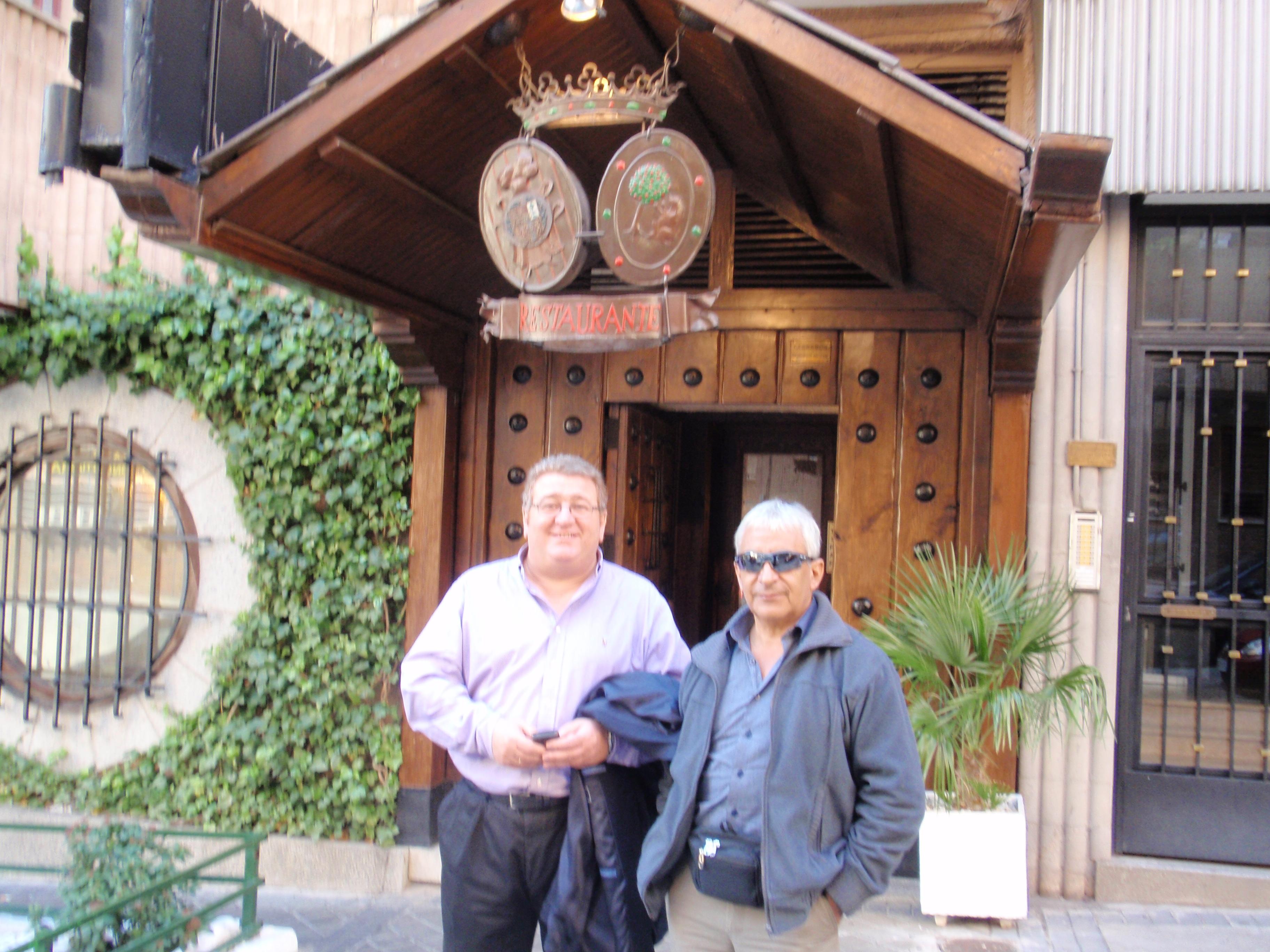 Con Omar, el minero chileno rescatado, en el Asador Donostiarra.