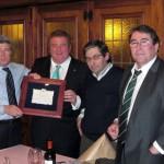 Gaspar nombrado presidente de honor de Arousa fútbol 7 con Enrique Cerezo, Manuel Diz, y Jorge Pérez