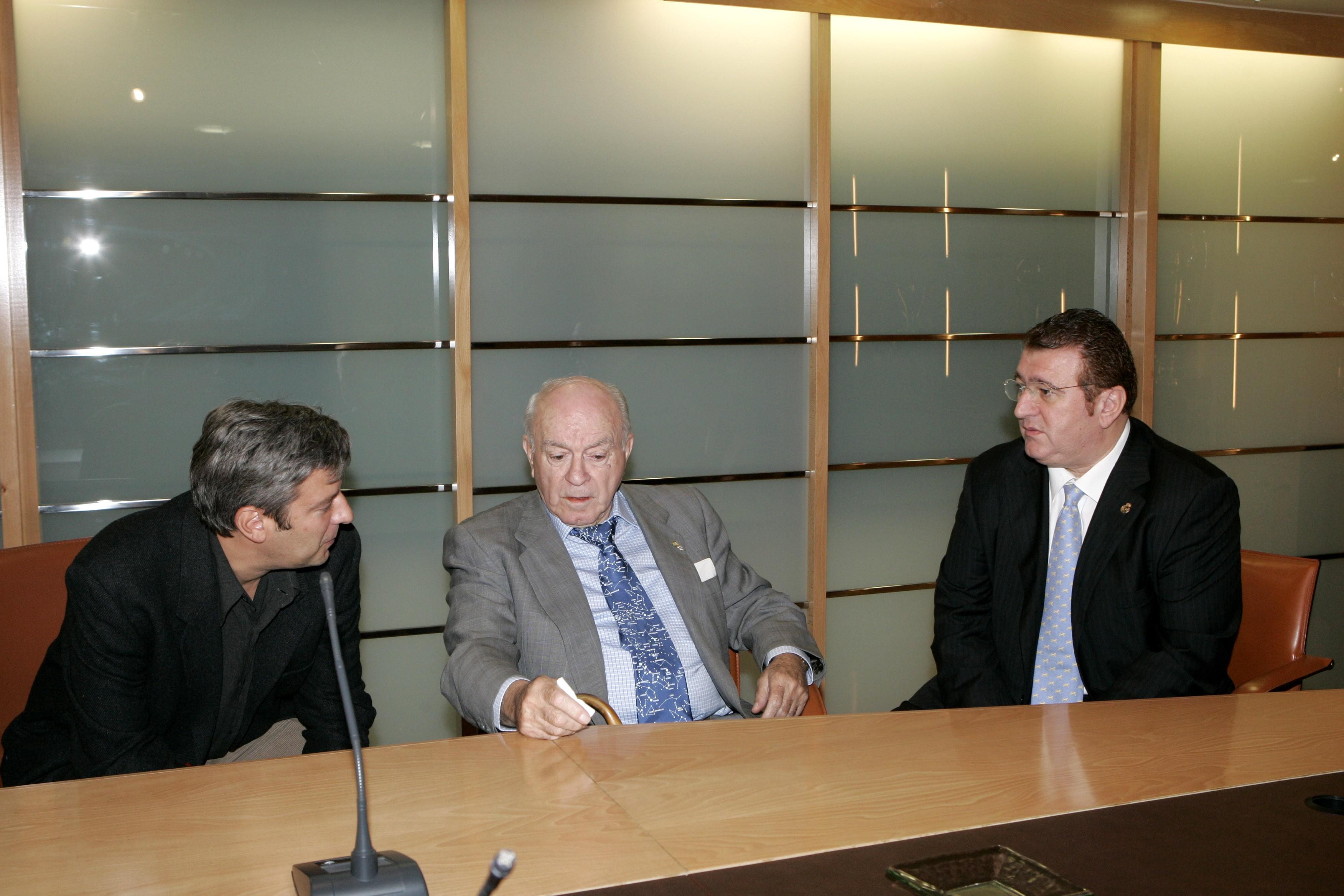 Con Alfredo Di Stefano en los despachos del Bernabéu.