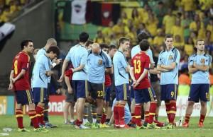 Los-jugadores-de-la-seleccion-espanola-lamentan-la-derrota_480_311
