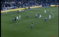 Gol de Gravesen. Partido de Liga. Real Madrid – Espanyol