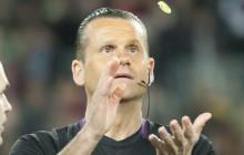 El árbitro.
