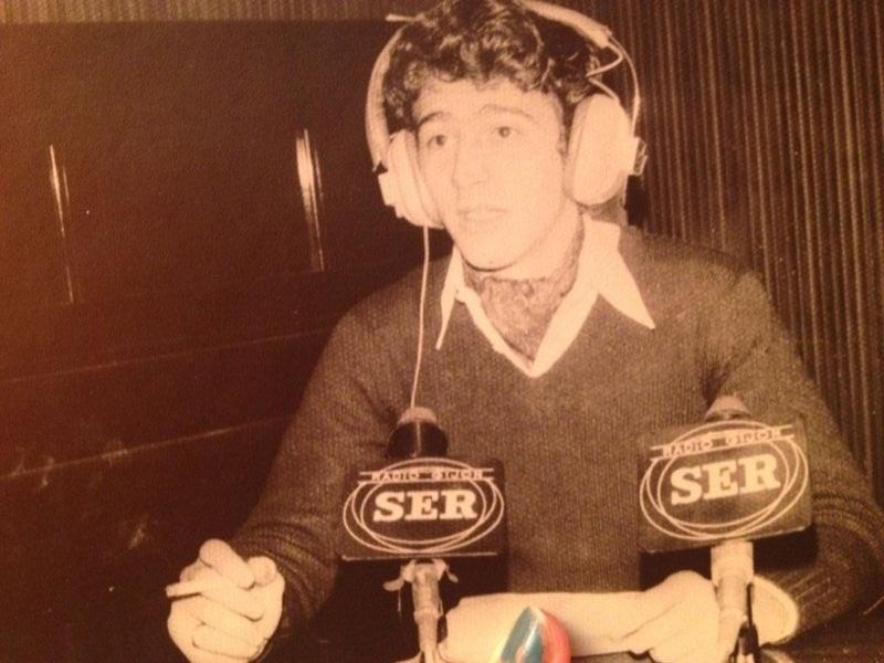 Gaspar, en sus inicios radiofónicos en la Cadena Ser.
